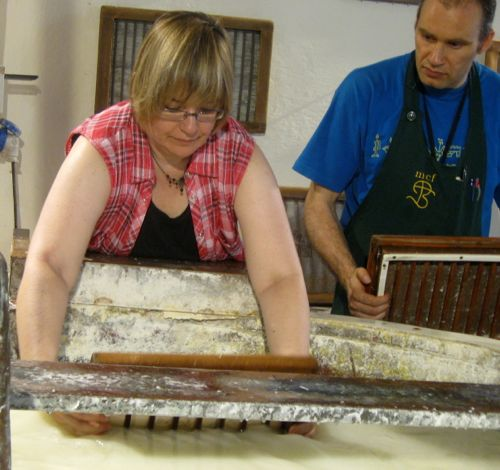 Papermaking Scooping