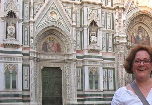 Diana Gobsmacked at Duomo